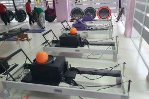 προβολή μηχανημάτων reformer pilates